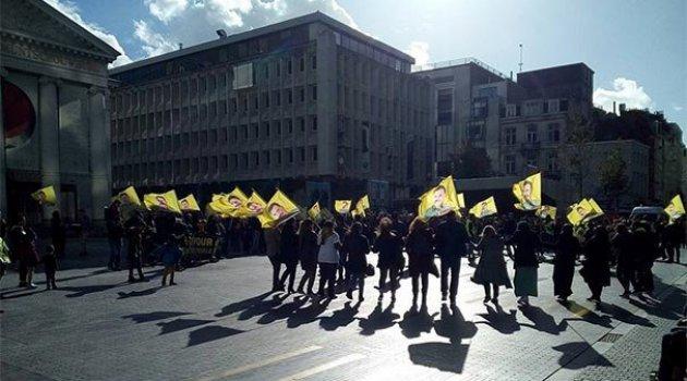 Brüksel'de skandal! Terör örgütü elebaşı için eylem yaptılar