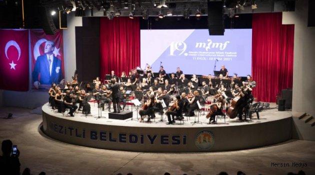 19'UNCU MERSİN ULUSLARARASI MÜZİK FESTİVALİ  BAŞLADI