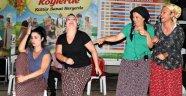 """TİYATROCULAR MAHALLELERDE """"PERDE  DEDİ"""